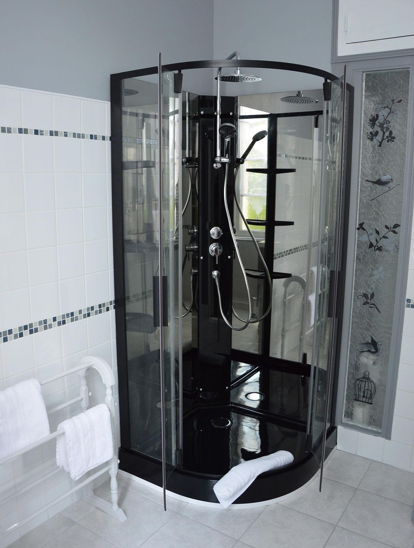 Salle d'eau Chambre d'hôtes Grande Champagne