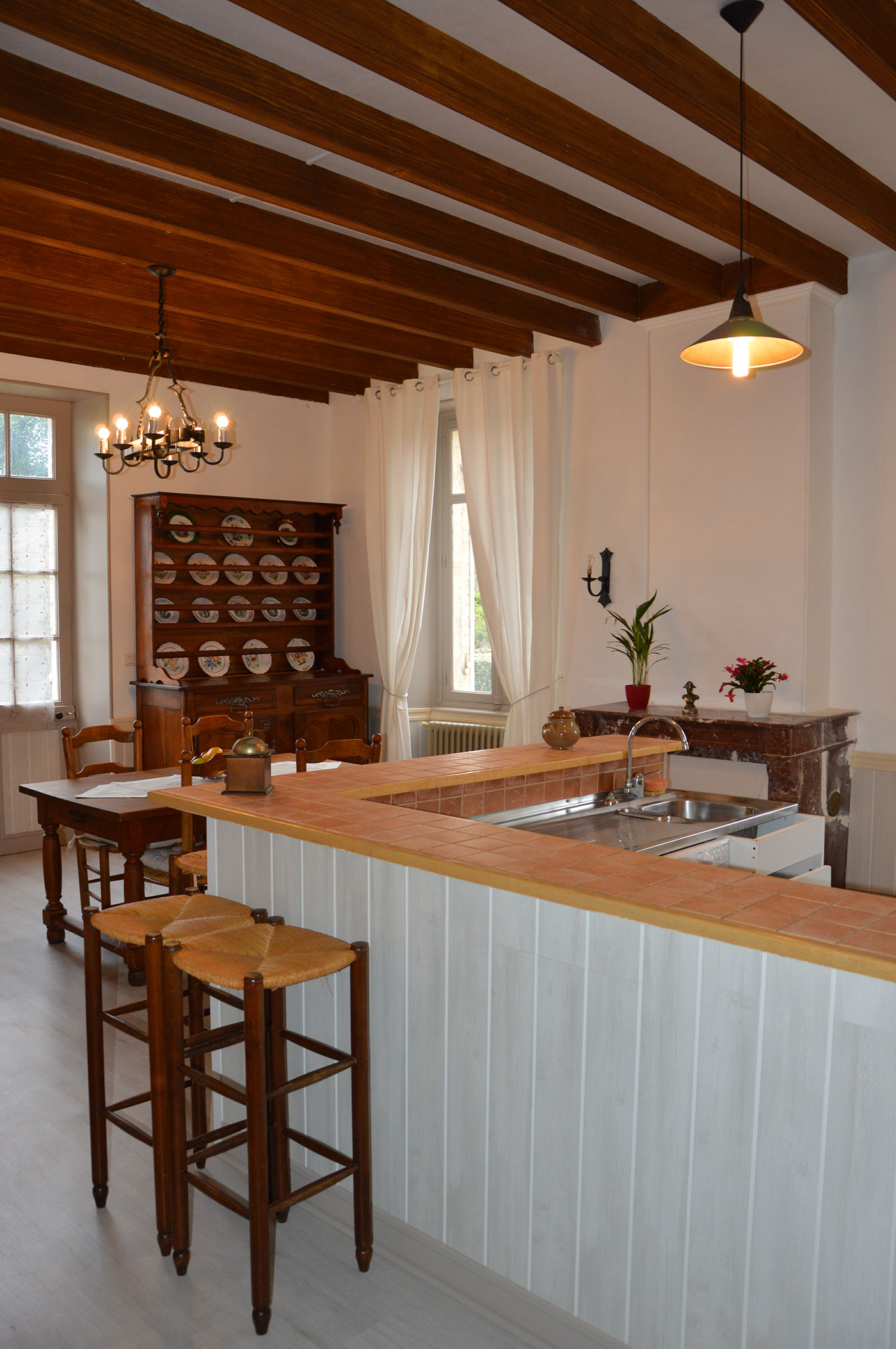Cuisine et salle à manger au Domaine Tesseron