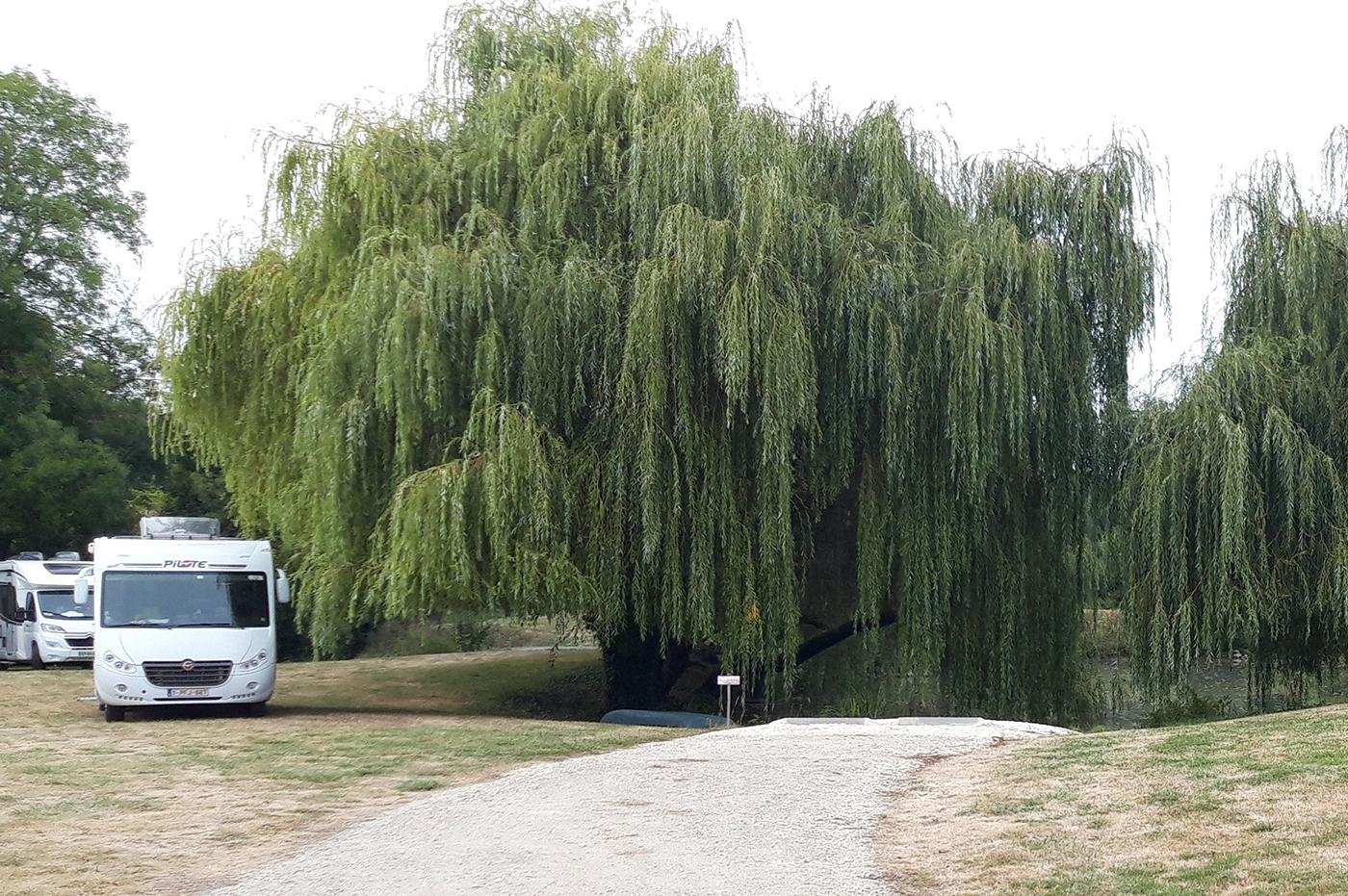Aire pour les camping-car au Domaine
