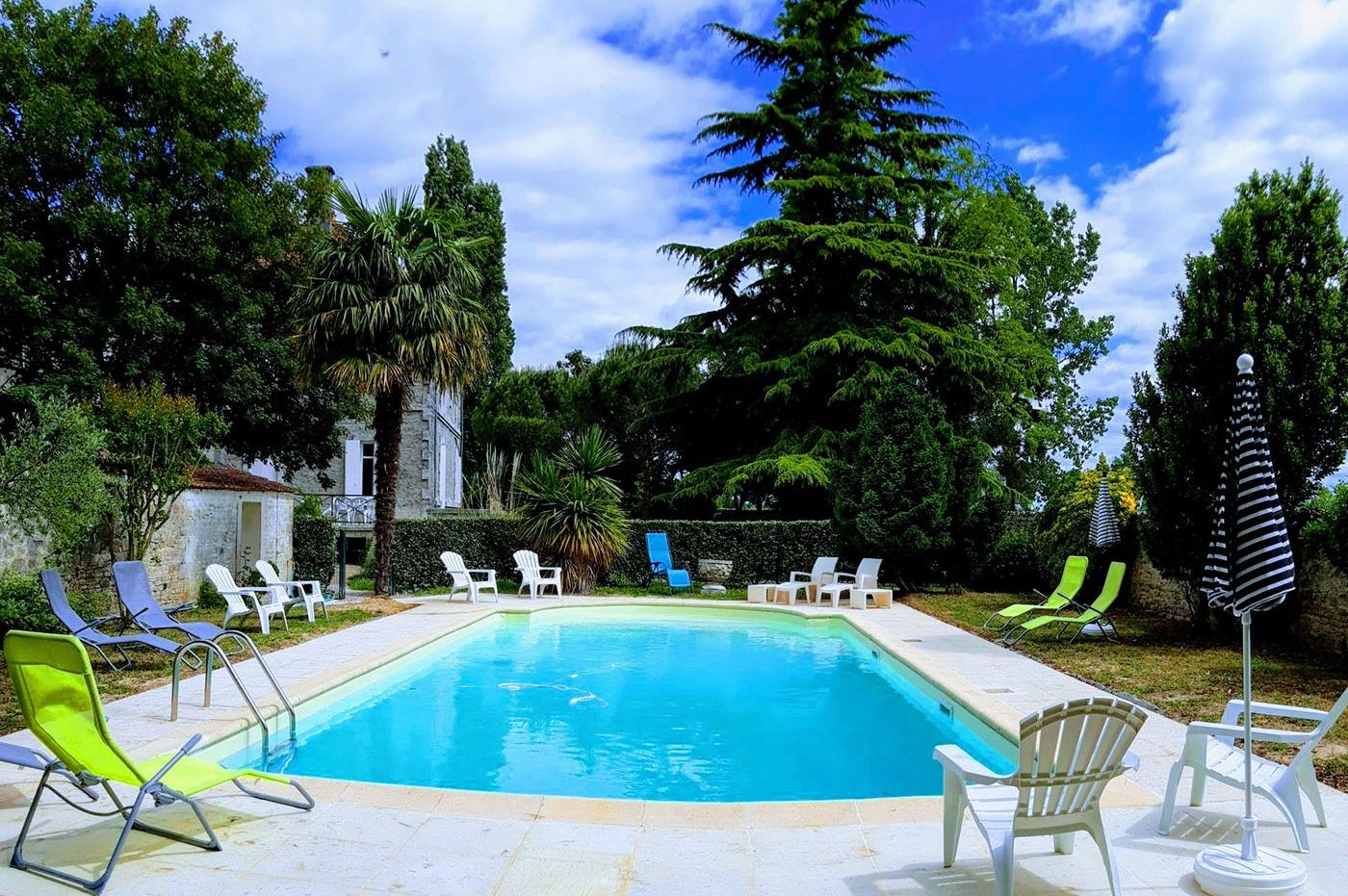 Swimming pool at the Domain Tesseron