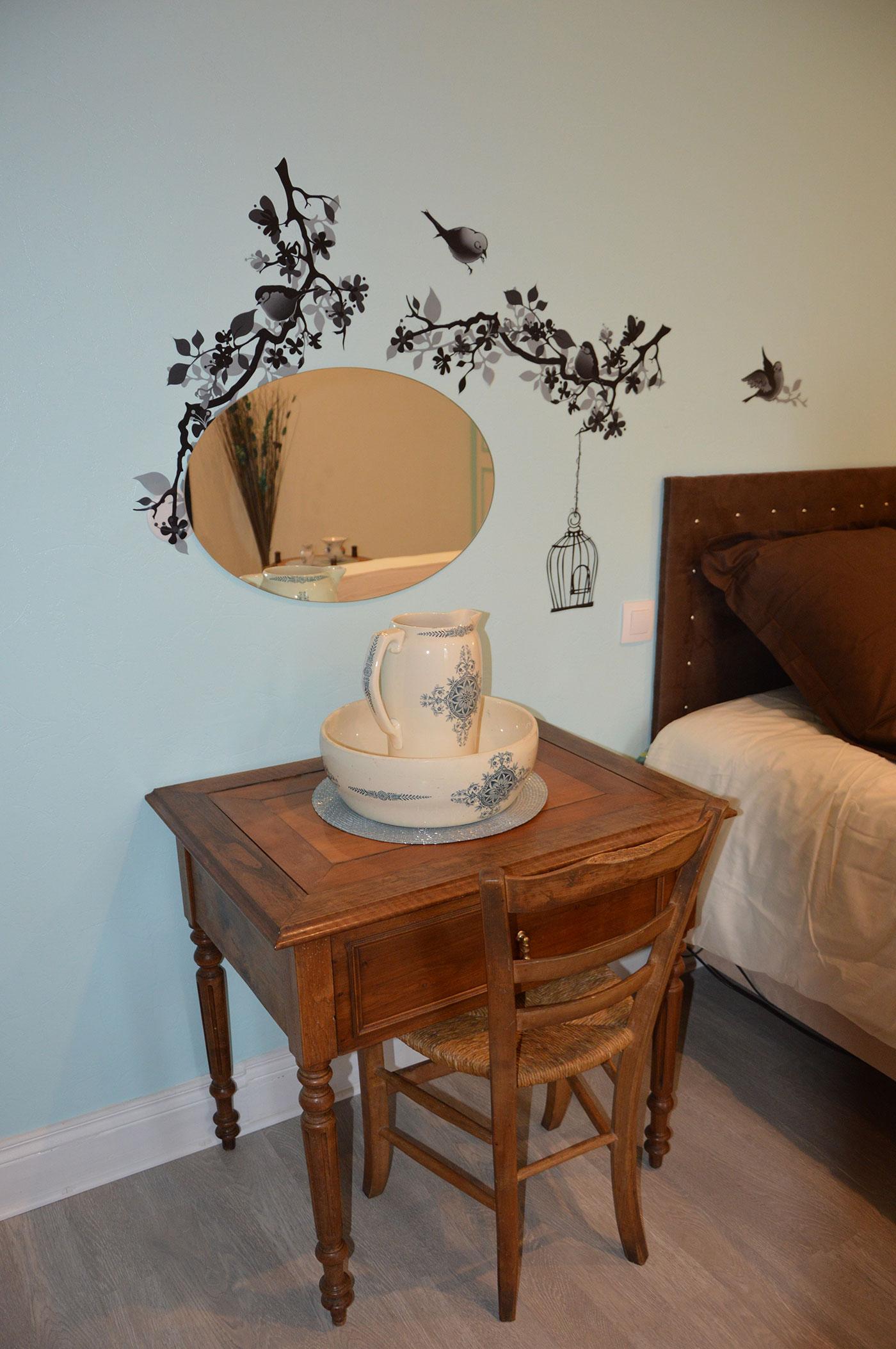 Bons Bois Bedroom